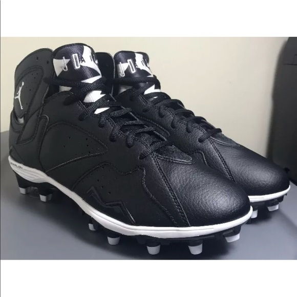 8dd2d8bd931 Nike Air Jordan Retro 7 TD Black Football Cleats. M 5aad57e93a112ed51fd10e55